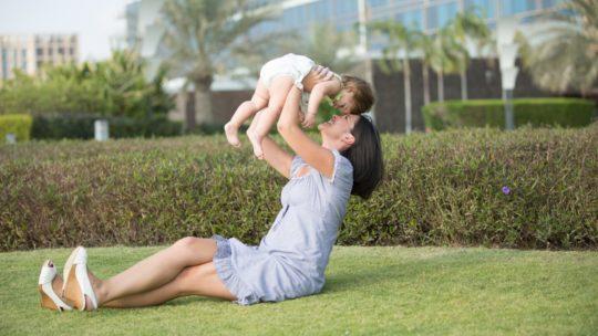 Baby-sitter: trouver une personne de confiance