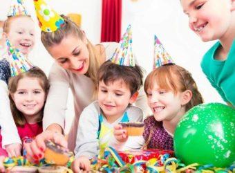 Comment réussir un anniversaire déguisé pour votre enfant?