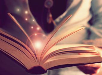 Le rôle des contes et des comptines dans l'éducation des enfants