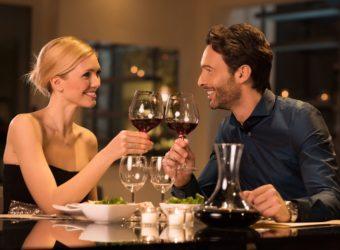 Comment organiser un dîner romantique réussi ?