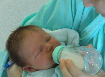 Comment bien doser le lait de son bébé ?